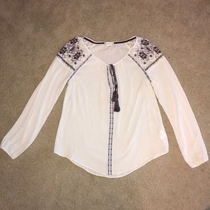 Altar'd State white blouse with purple embroidery